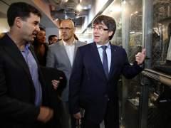 El Senado invita a Puigdemont a hablar en comisión y rechaza su conferencia