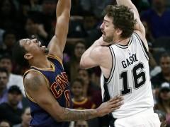 Los Spurs destrozan a unos Cavaliers que pierden el liderato