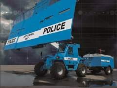 El camión antidisturbios que parece un 'transformer'