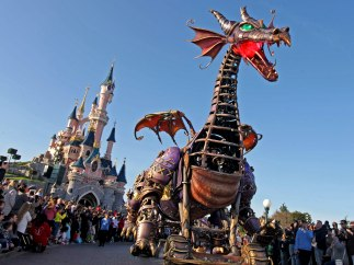 Desfile en Disneyland París