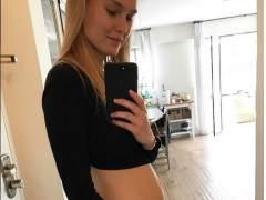 Bar Refaeli anuncia su segundo embarazo