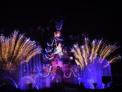 Disney ampliará su parque temático de París con 2.000 millones de euros