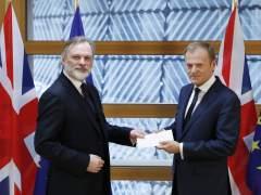 La UE recibe la carta que activará el 'brexit'