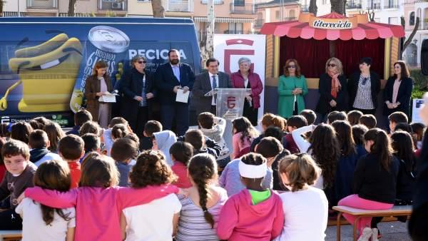 Campaña de concienciación sobre el reciclaje con escolares de Albolote