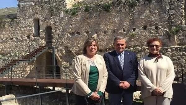 Alcalde visita Doña Mencía