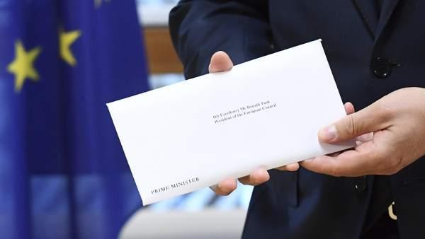 Europa recibe la carta de Reino Unido que activará el 'brexit'