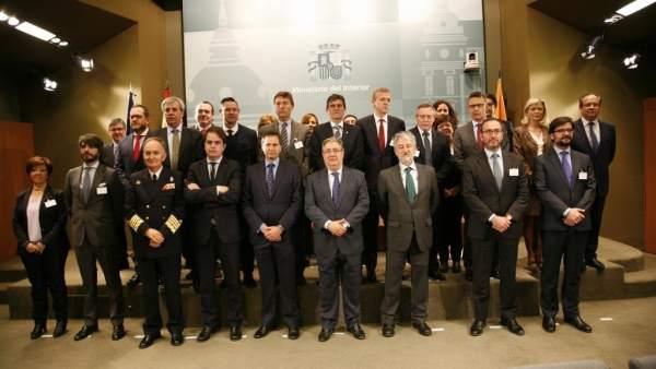 Personas que componen el Consejo Nacional de Protección Civil