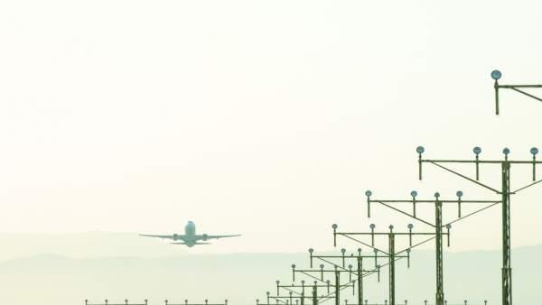 Aeropuerto de Málaga, Avión,