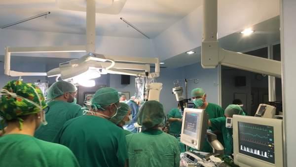 El Clínic de València realitza el primer explant d'òrgans procedent d'un donant a cor parat