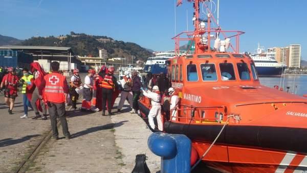 Patera llegada al puerto de Málaga el 29/3/2017