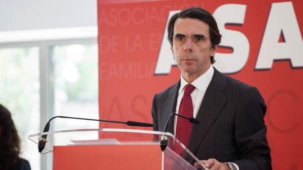 """Aznar: """"España necesita una segunda reforma laboral y reforma fiscal integral"""""""