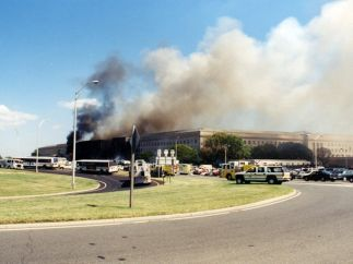 Columna de humo en el Pentágono