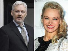 Pamela Anderson y Julian Assange