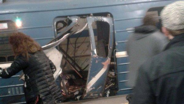 Destrozos en uno de los vagones
