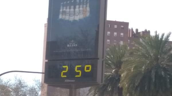 Els cels seguixen clars i les temperatures en ascens este dimarts a la Comunitat Valenciana