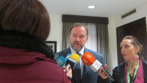 El presidente de la FOE, José Luis García-Palacios.