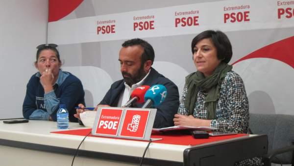 El PSOE pide la dimisión del alcalde de Alcántara (Cáceres)