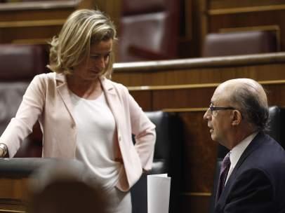 Ana Oramas y Cristóbal Montoro en el Congreso.