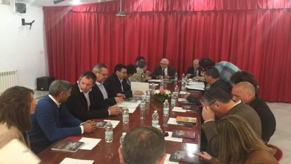 Reunión con alcaldes de la Sierra Norte de Sevilla.