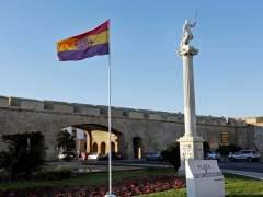 Bandera republicana en Cádiz