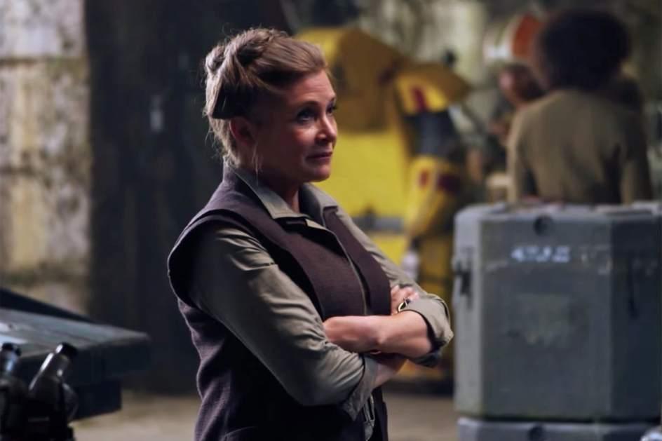 El protagonista de 'Star Wars: los últimos jedi' desvela que Carrie Fisher le abofeteó 27 veces