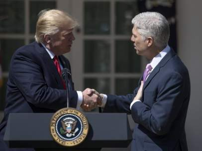Donald Trump y Neil Gorsuch