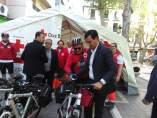 El alcalde en la carpa de primeros auxilios de Plaza de Trinidad