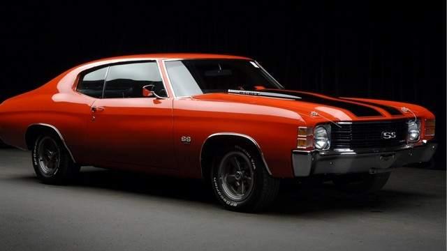 Chevrolet Camaro. Pasamos a los protagonistas de la segunda película de la saga. Este Chevrolet Camaro del 69 surgió como respuesta de General Motors a su rival más digno durante esta época: el Ford Mustang.