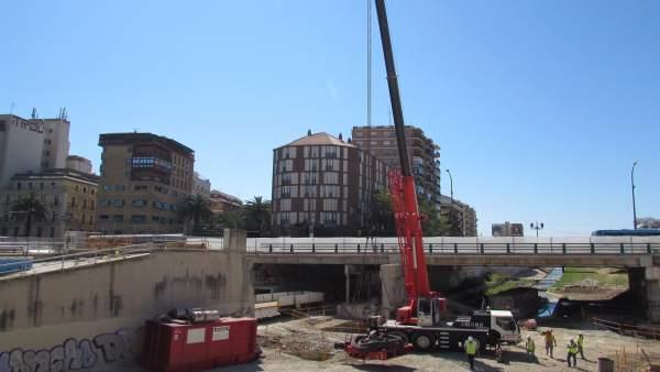 Obras metro de Málaga a su paso por el puente tetuan