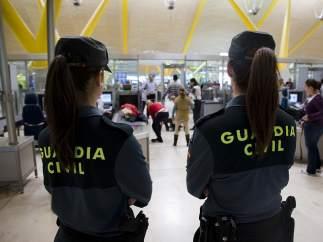 Guardias Civiles