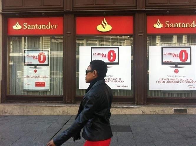 Condenan al Banco Santander en València y Castellón  por no advertir a clientes de riesgos