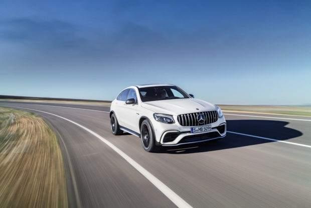 Mercedes-Benz AMG GLC63 S Coupé. Esta versión supera los 500 caballos de potencia y puede acelerar de 0 a 100 km/h en tan solo 3,7 segundos.