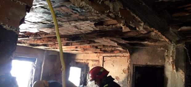 Sucesos la polic a nacional investiga el incendio for Distrito ciudad jardin malaga