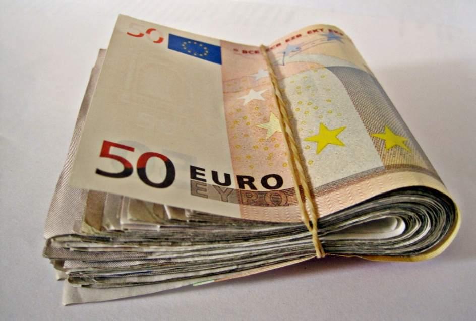 La polic a localiza euros que un dan s extravi en for Cuisine 10 000 euros