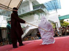 140 hombres detenidos en una redada contra una sauna gay