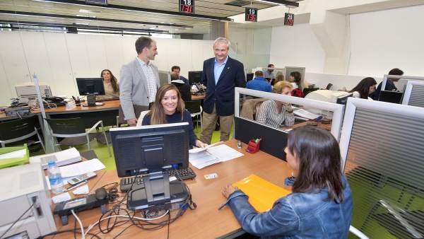 La hacienda foral ya ha devuelto 65 6 millones de euros correspondientes a declaraciones - Oficina hacienda madrid ...