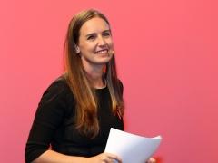 Melisa Rodríguez, diputada de C's, habla de perros cuando la preguntan si es feminista