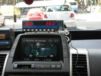 Taxi híbrido en Madrid