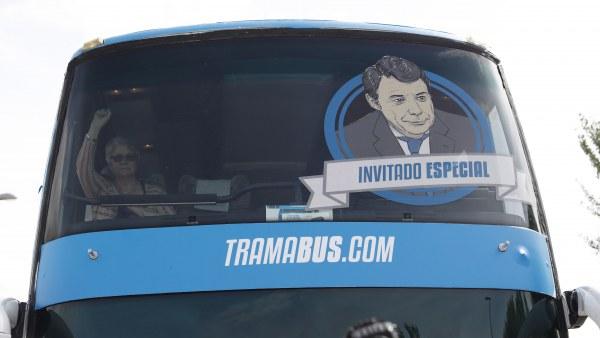 González, invitado especial del 'tramabús'