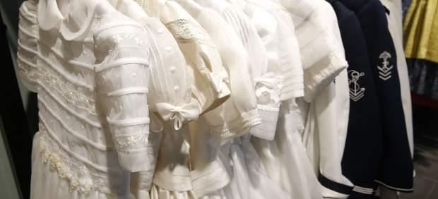 Oferixen vestits de primera comunió nous a menys de 80€ en les botigues de Cáritas València i Koopera