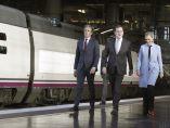 Rajoy viaja a Sevilla en el primer AVE
