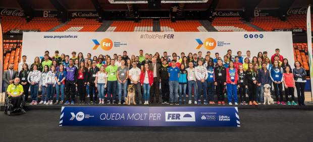El Proyecto FER invierte 860.00 euros en becas para 121 deportistas