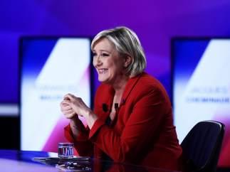 El primer sondeo tras el atentado de París refleja una subida de un punto para Marine Le Pen