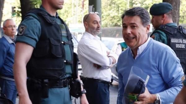 Ignacio González pedía más y más dinero