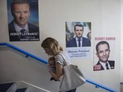 Abstención y terrorismo marcan las elecciones en Francia