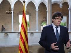 """Puigdemont: """"las armas de Catalunya son el libro, la rosa y la cultura"""""""