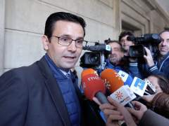 El alcalde de Granada, Francisco Cuenca, a su llegada a los juzgados