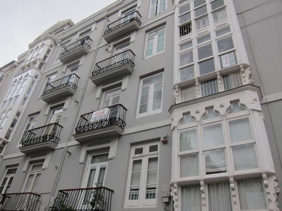 La firma de hipotecas sobre viviendas sube un 3 3 en for Registro de la propiedad lugo