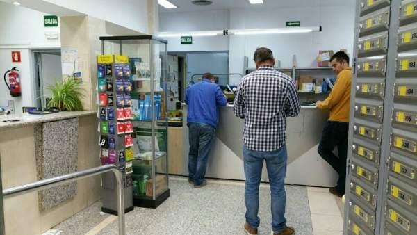La oficina de correos en cuarte de huerva abre tambi n por las tardes - Horario oficina correos madrid ...