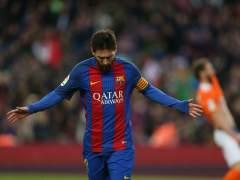 El Barça aplasta sin piedad a un Osasuna que baja a Segunda